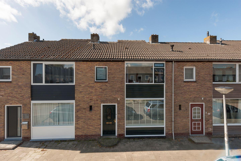 Bekijk foto 1 van Jan van Arkelstraat 39