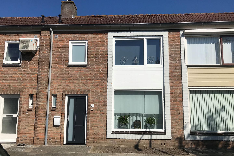 Bekijk foto 1 van Valenciennesstraat 24