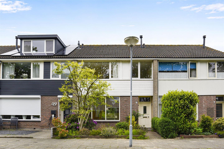 Bekijk foto 1 van Albert van Huffelstraat 51