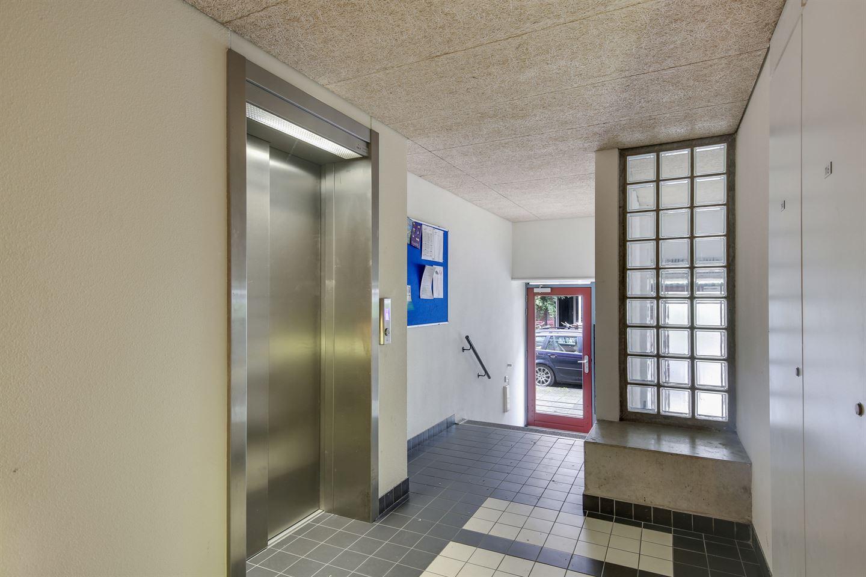 Bekijk foto 4 van Rapenburgerstraat 136
