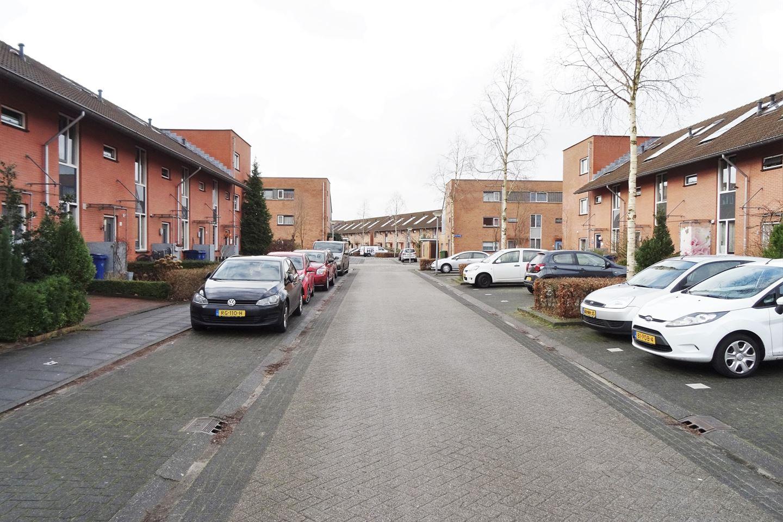 Bekijk foto 2 van Jan Wiegersstraat 64