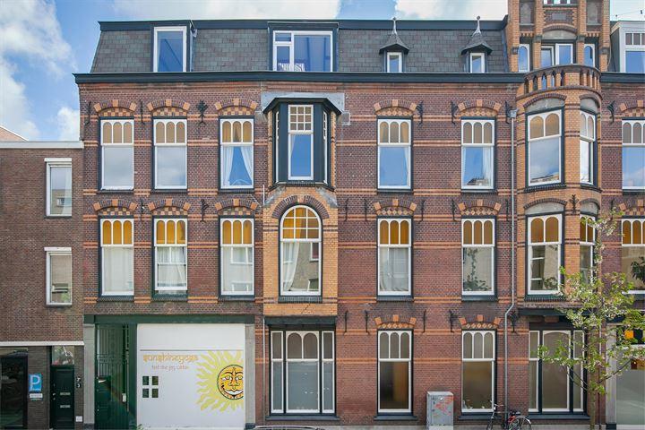 Van Kinsbergenstraat 1 D