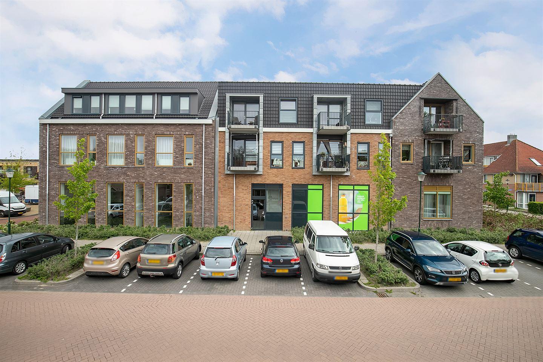 View photo 1 of Van der Straatenplein 23