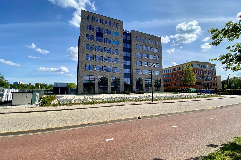 Bekijk foto 2 van Wijchenseweg 10 .