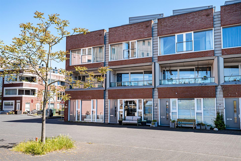 Bekijk foto 2 van Max Euweplein 46
