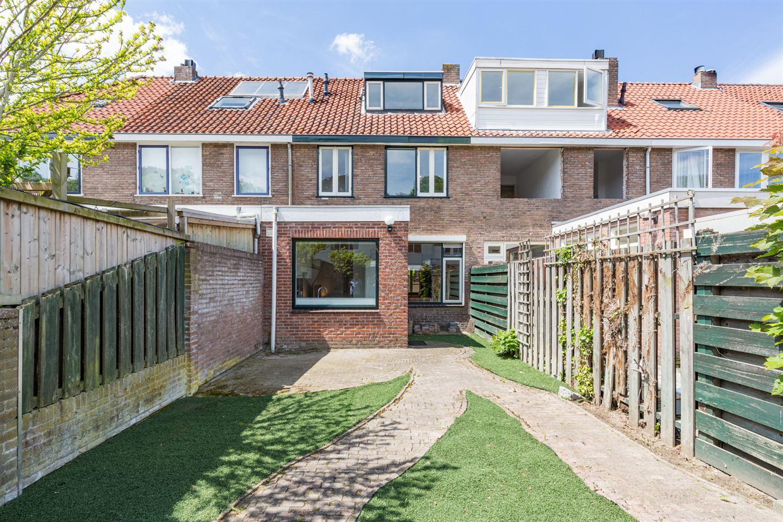 Bekijk foto 4 van Moerdijkstraat 21