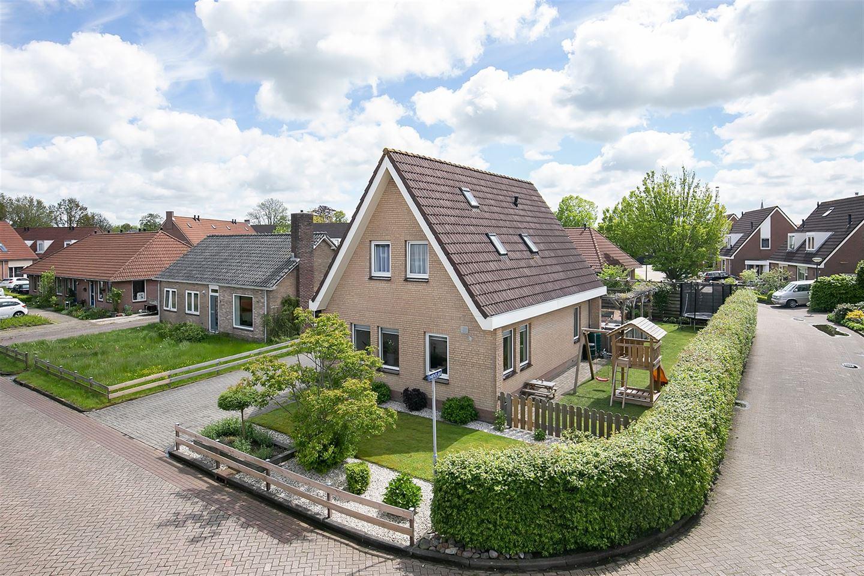 Bekijk foto 2 van Rinnert Anemastraat 3