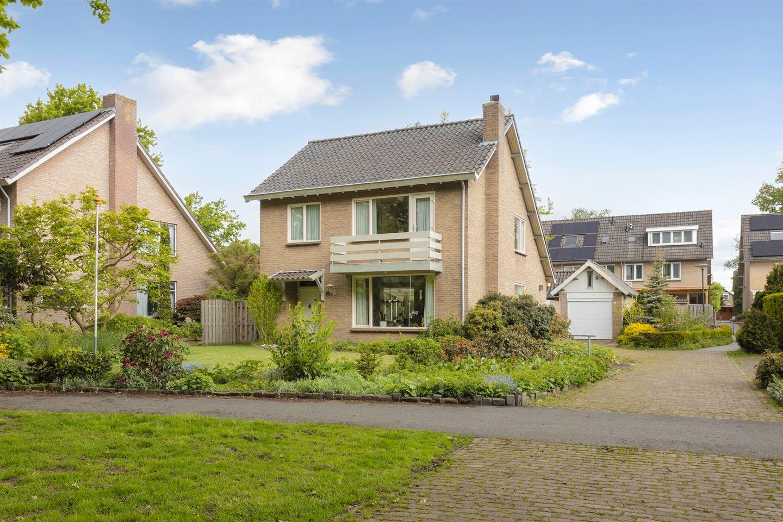 Bekijk foto 1 van van de Venlaan 26