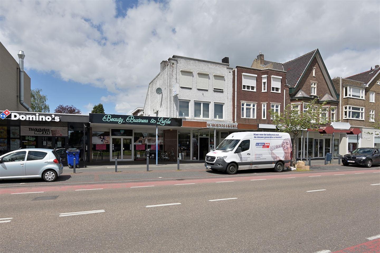 Bekijk foto 2 van Rijksweg Centrum 66