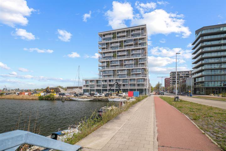Johan van Hasseltkade 330, Amsterdam