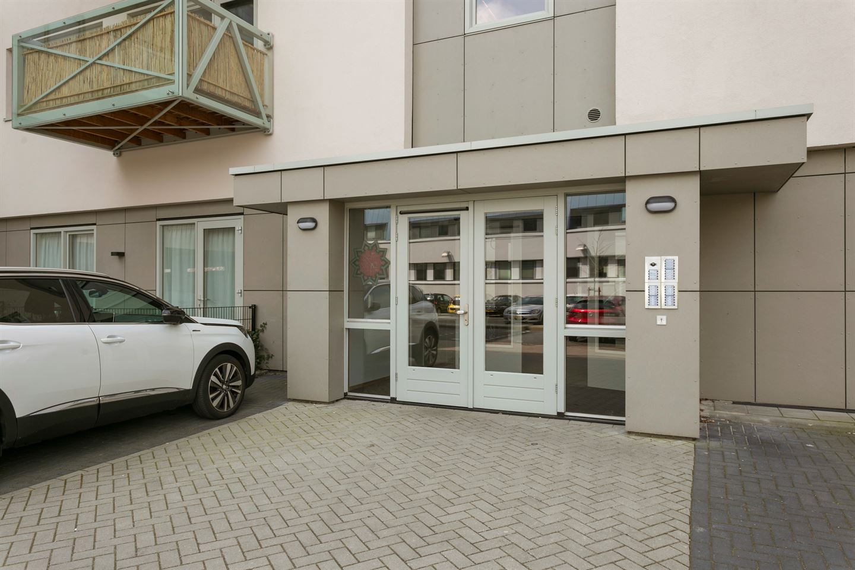 Bekijk foto 4 van Govert Flinckstraat 13 G