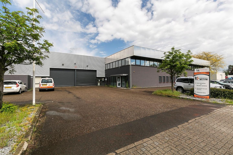 Bekijk foto 2 van Van der Hoopweg 19