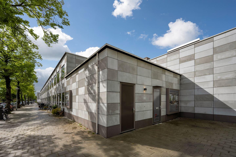 Bekijk foto 2 van Hugo de Vrieslaan 11
