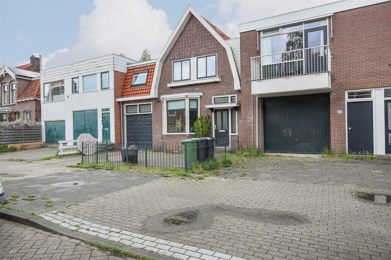 Bekijk foto 2 van Zeemansstraat 42