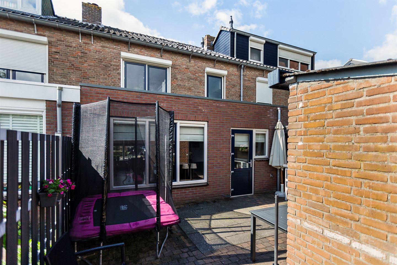 View photo 4 of Ribesstraat 15