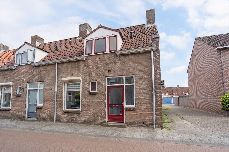 Bekijk foto 1 van Nicolaas Beetsstraat 24