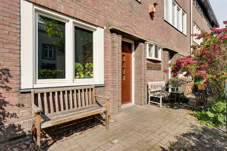 Bekijk foto 4 van Jekerstraat 56