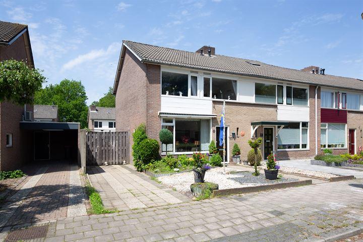 Bernard van Meursstraat 17