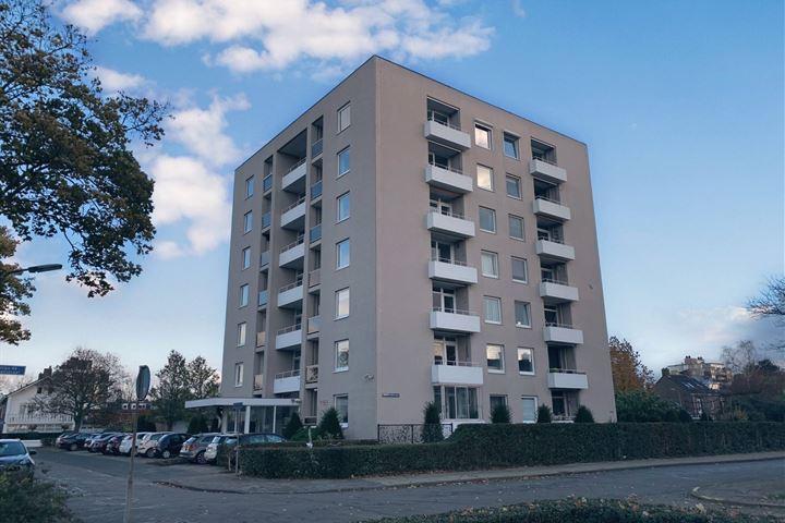 Hertogin Johannastraat 82