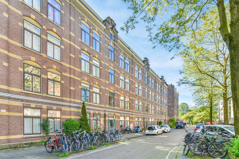 Bekijk foto 1 van Van Reigersbergenstraat 81 3