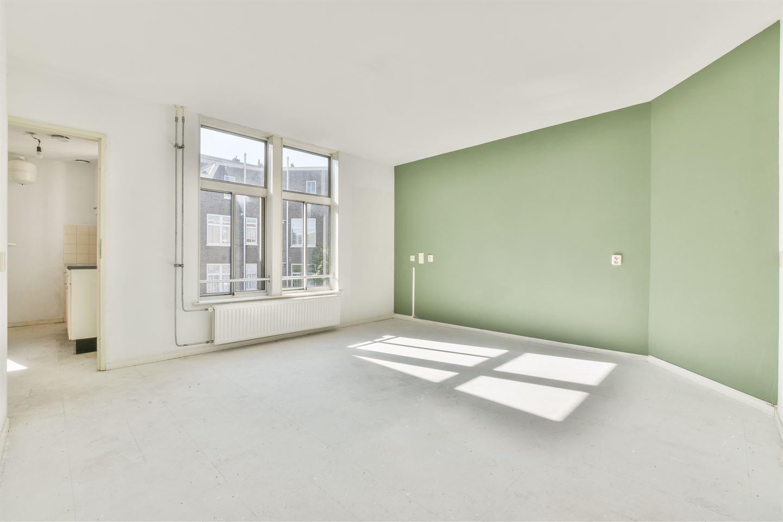 Bekijk foto 3 van Van Reigersbergenstraat 81 3