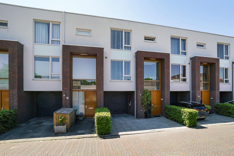 Bekijk foto 2 van van Royenstraat 9