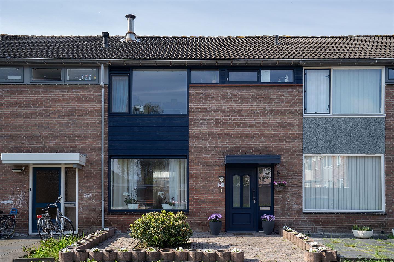 Bekijk foto 1 van Turnhoutstraat 34