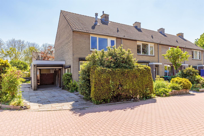 View photo 1 of Heyne van Althenastraat 26