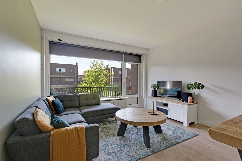 Bekijk foto 4 van Ruys de Beerenbrouckstraat 79