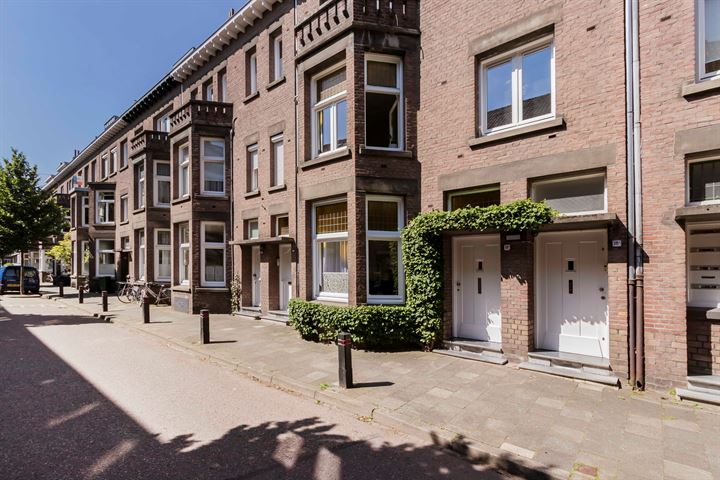 Joseph Hollmanstraat 16 B