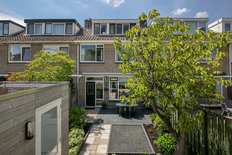 View photo 2 of Van der Kloot Meyburgstraat 26