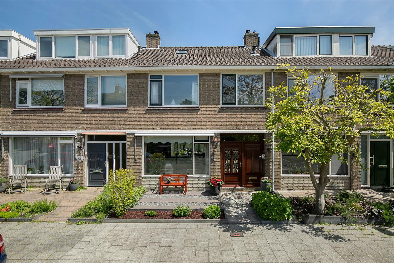 View photo 1 of Van der Kloot Meyburgstraat 26