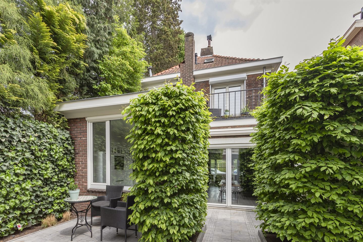 View photo 1 of Ringbaan-Oost 409