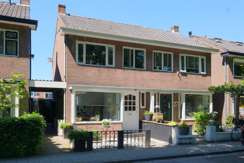 Bekijk foto 1 van Groen van Prinstererstraat 28