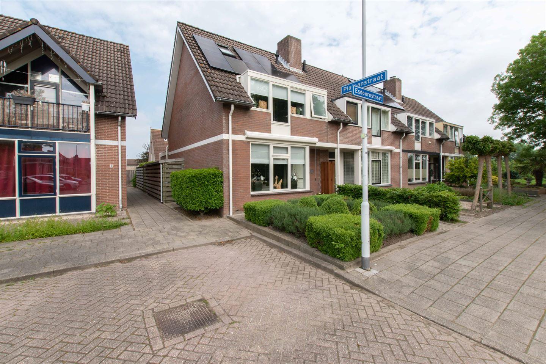 Bekijk foto 2 van Esdoornstraat 45