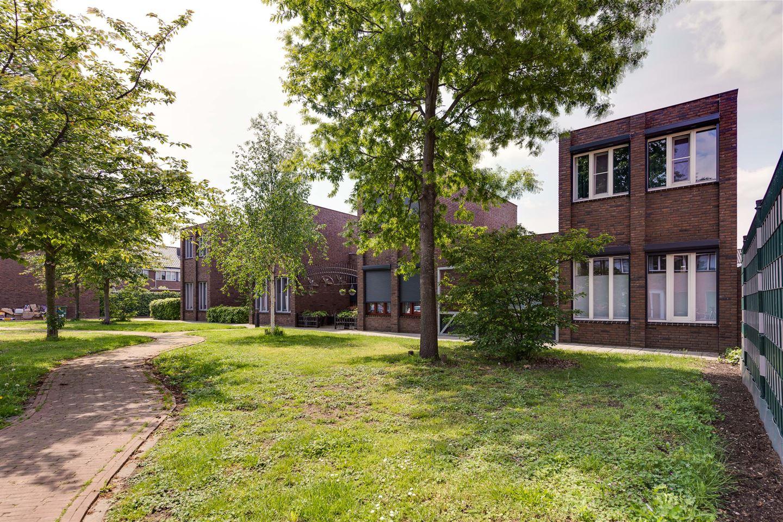 Bekijk foto 1 van Lovaniostraat 10