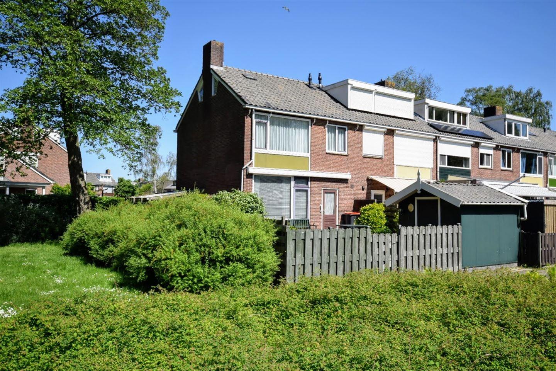 Bekijk foto 1 van Nicolaas Beetslaan 126