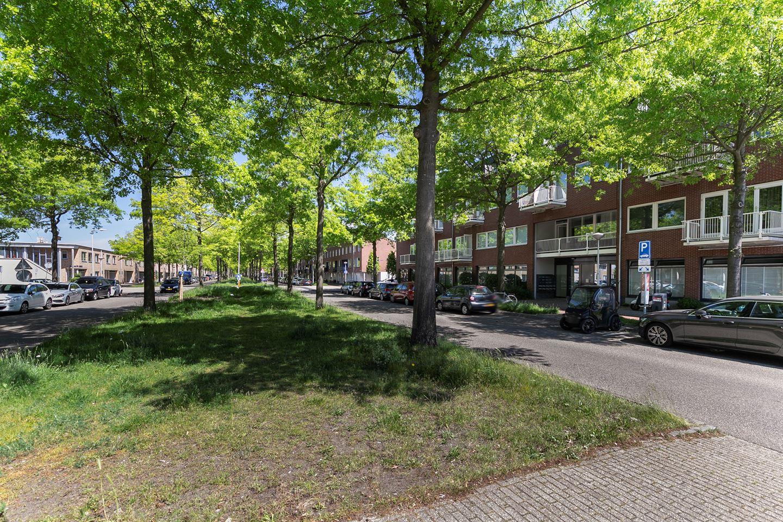 Bekijk foto 3 van Laan van Vlaanderen 141 C3