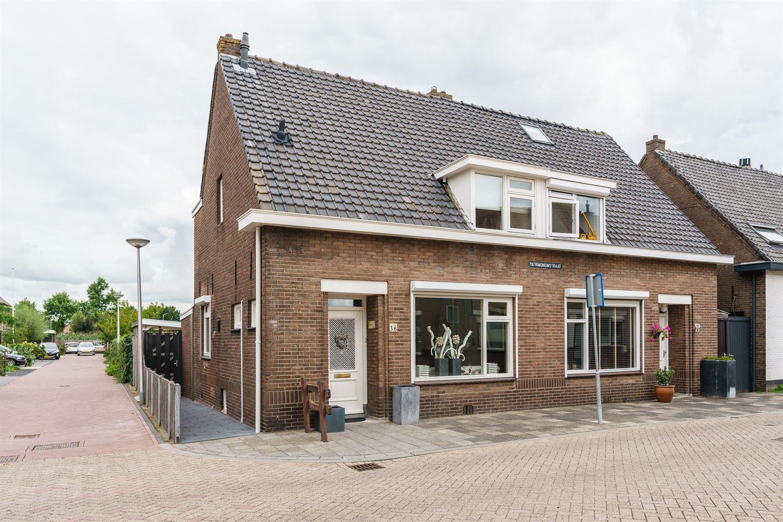 View photo 1 of Patrimoniumstraat 36