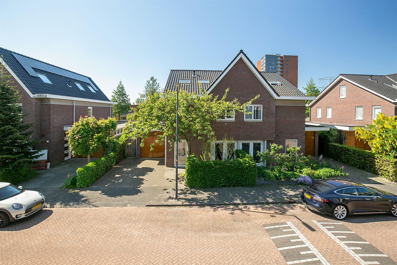 Bekijk foto 1 van Gerrit Rietveldstraat 40