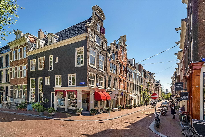 View photo 2 of Herenstraat 38