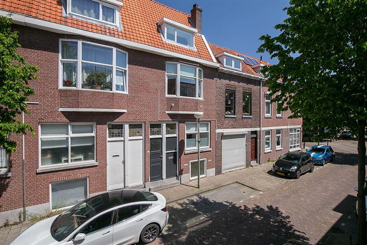 Van Leeuwenhoeckstraat 40