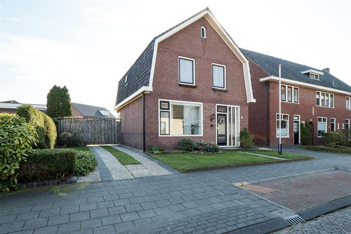 Zwaluwstraat 14