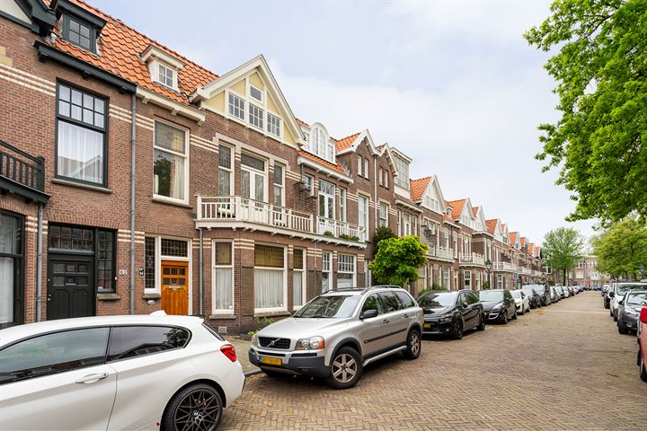 Van Weede van Dijkveldstraat 64 a