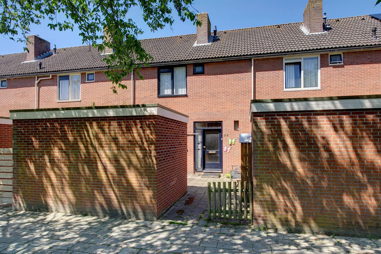 View photo 1 of Wethouder Huismanlaan 38