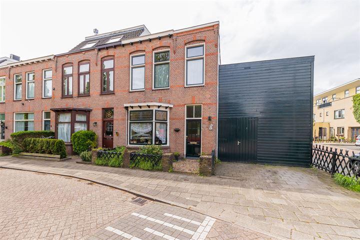 Burgemeester Wentholtstraat 13