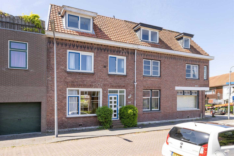 View photo 1 of Kerklaan 27