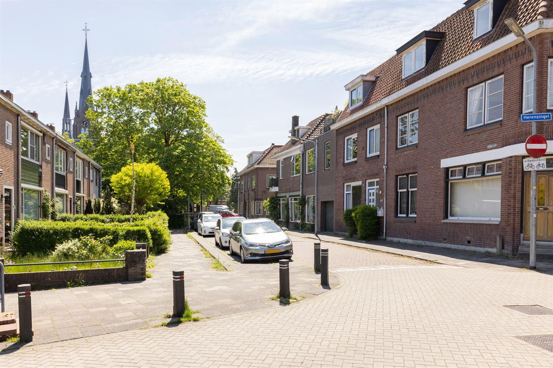 View photo 2 of Kerklaan 27