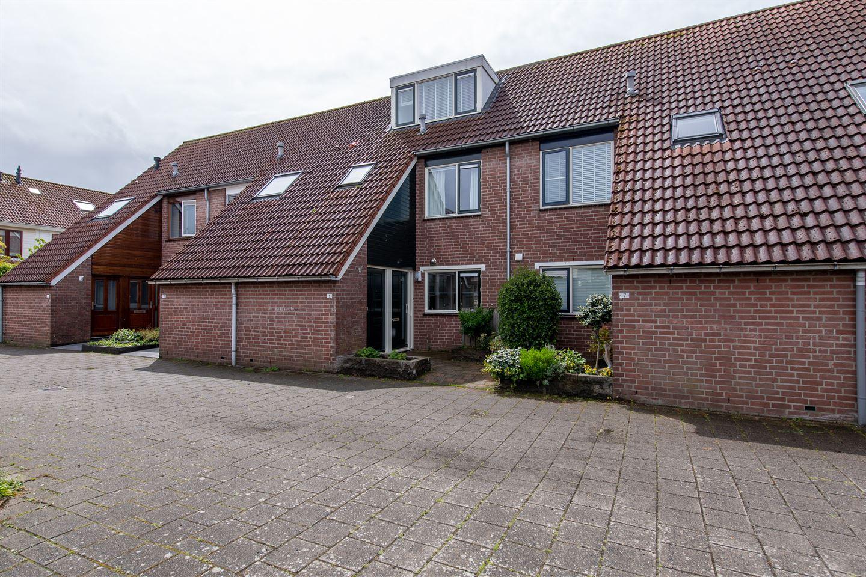 View photo 1 of Suze Groenewegstraat 5