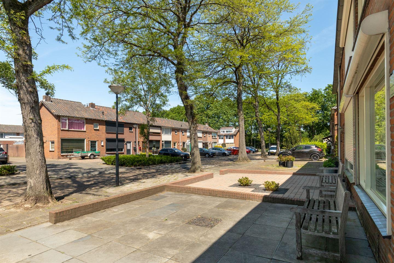 Bekijk foto 2 van Poelruitstraat 21